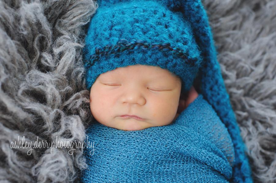 best newborn photography in pittsburgh