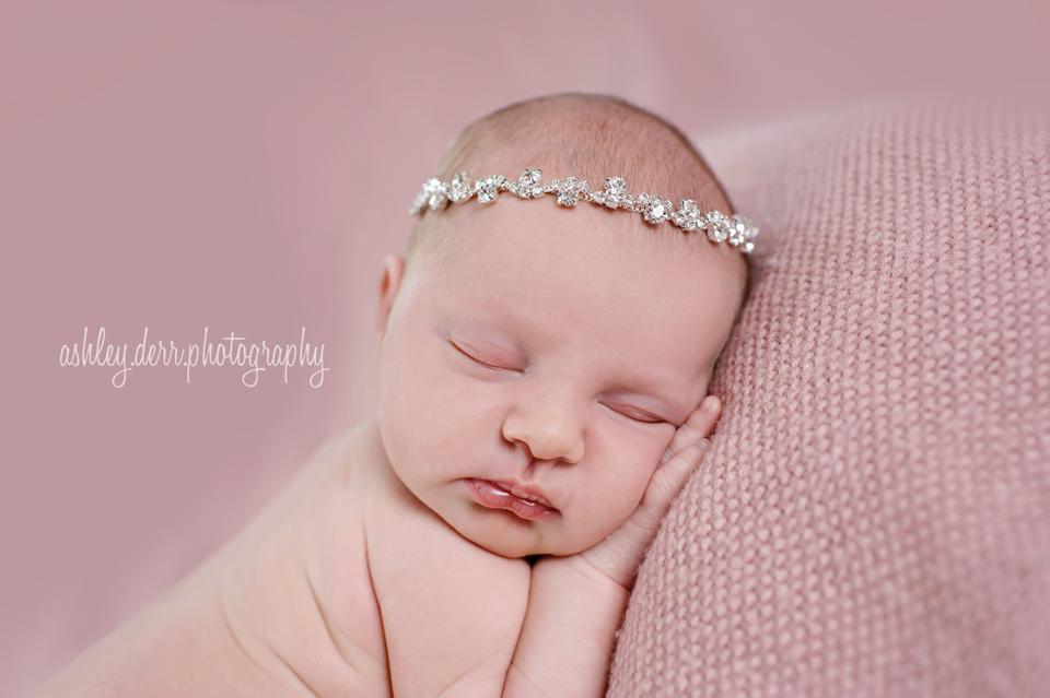 oakmont bakery newborn photographer