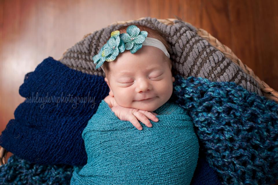 best new born baby photographers pittsburgh