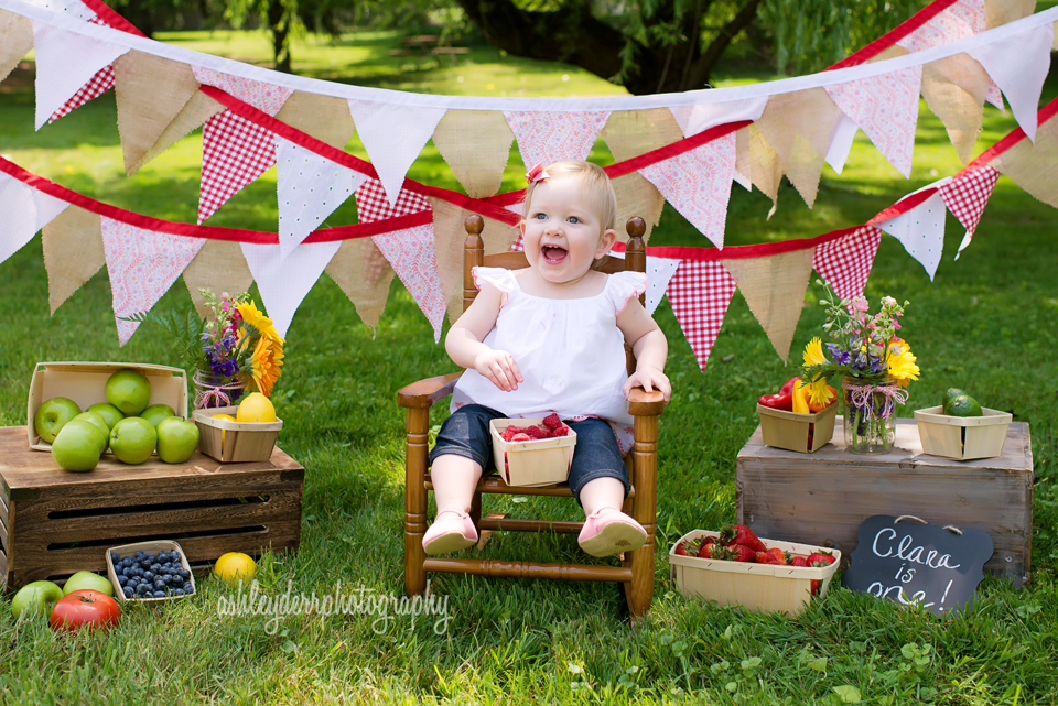 farmers market cake smash first birthday