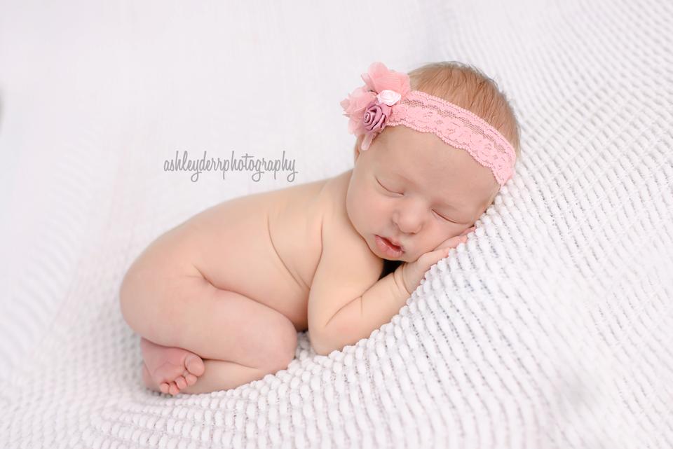 newborn infant baby photographer allison park pittsburgh