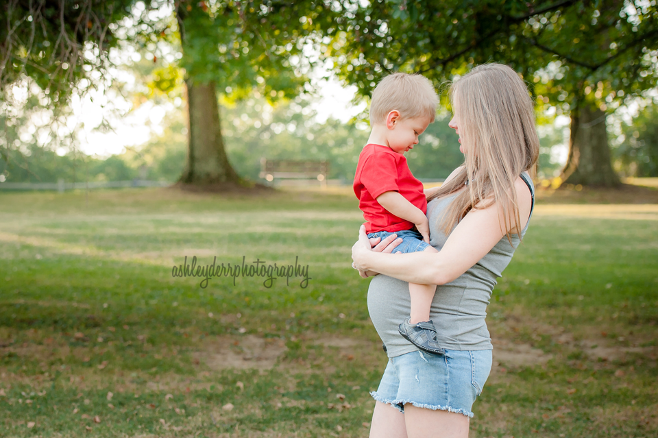 pittsburgh maternity and pregnancy photographer