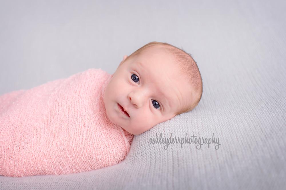 newborn photographer pittsburgh coraopolis infant