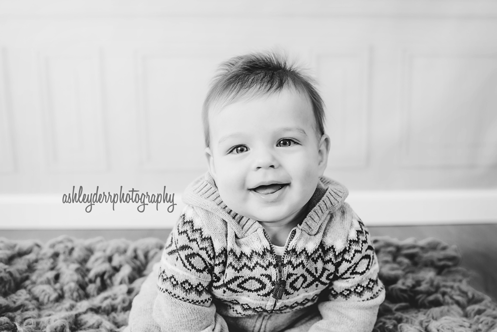 six month baby boy photographer south pittsburgh