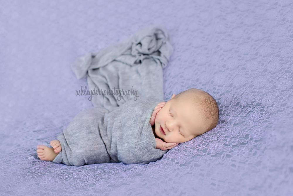 newborn-photographer-pittsburgh-10