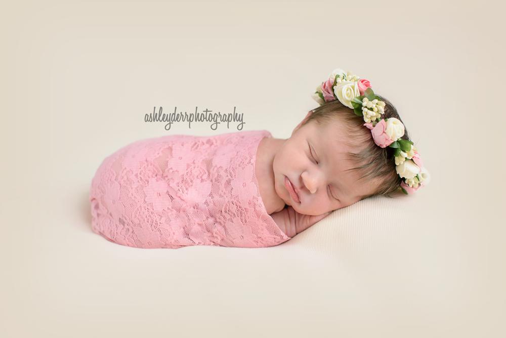 infant baby girl photography avonworth north pittsburgh pa
