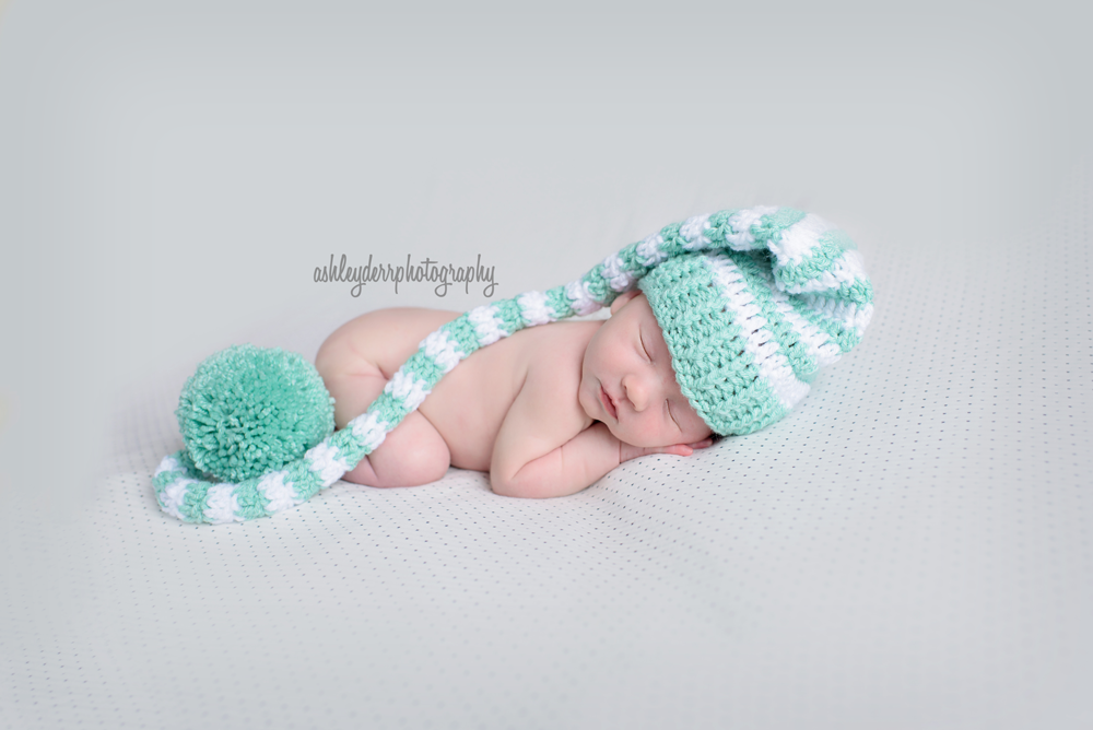 best affordable newborn photographer in pittsburgh