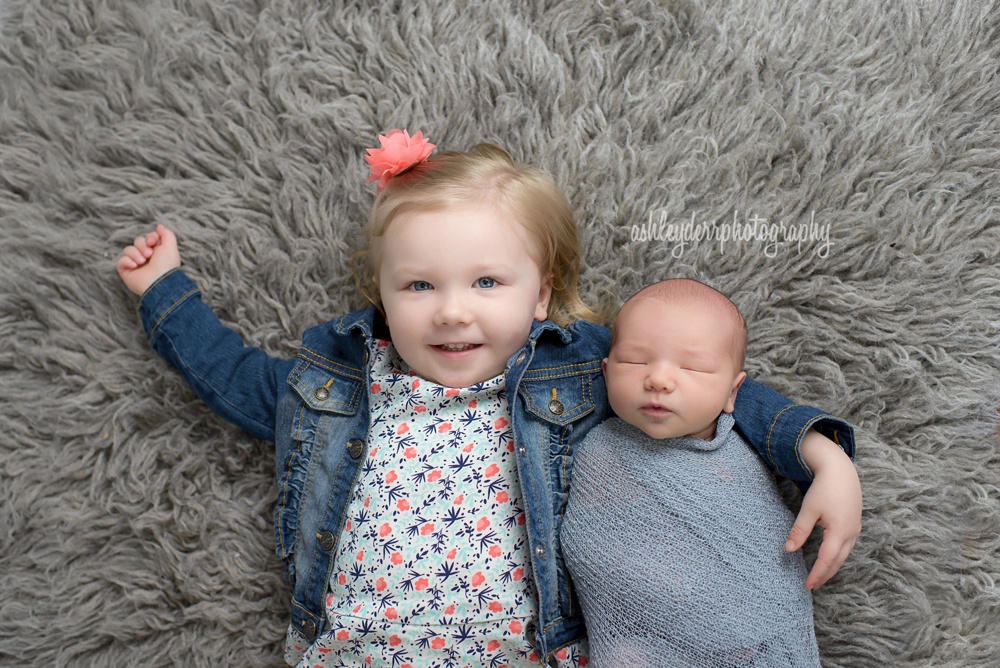 pittsburgh photographer for newborn babies