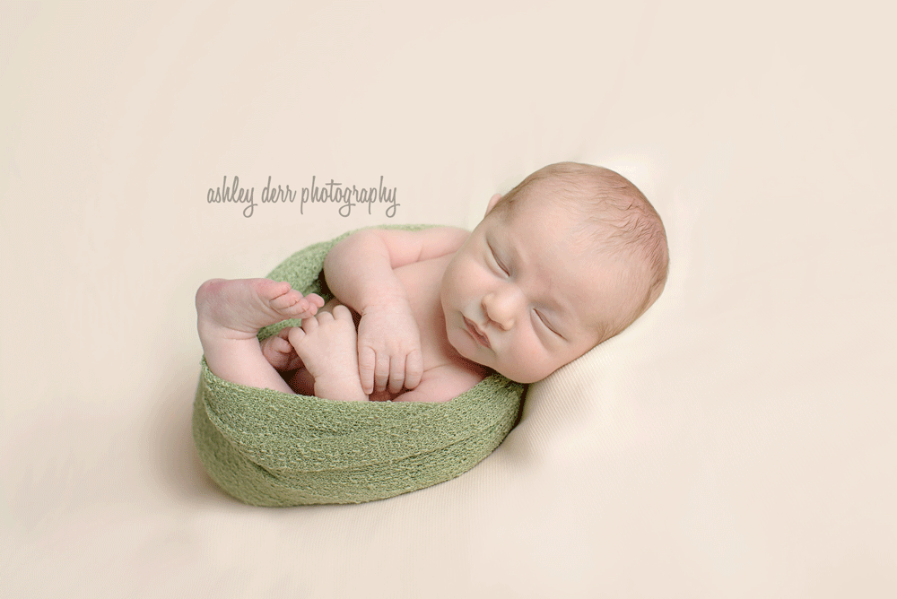 Newborn-Baby-photographer-pittsburgh-6