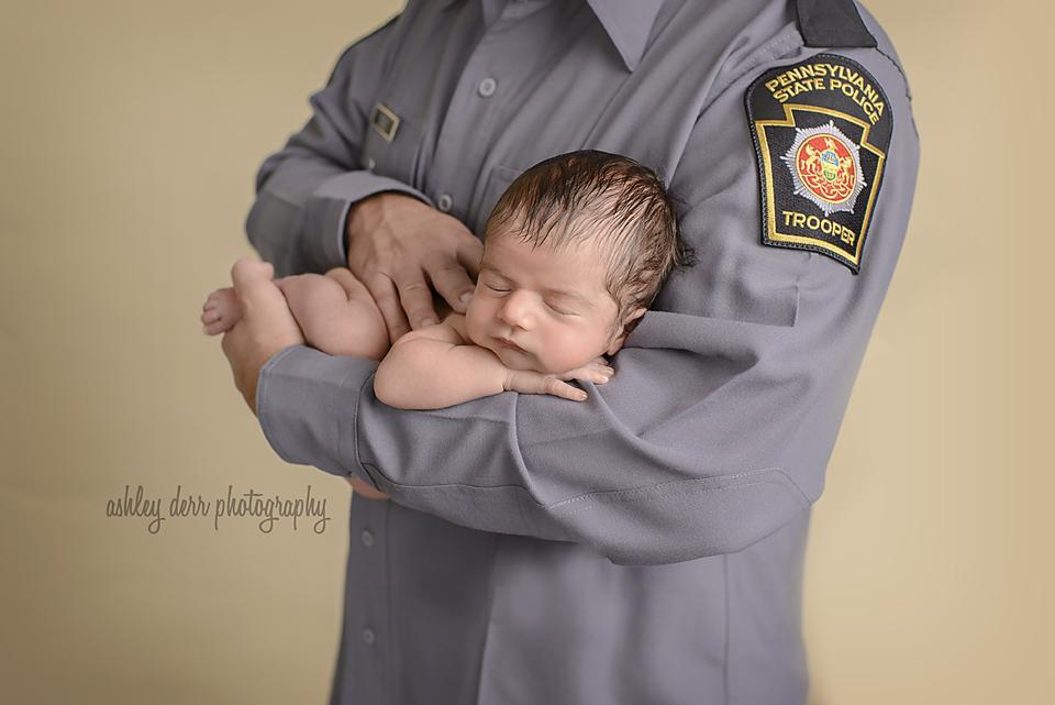 Pittsburgh newborn photographer 2016