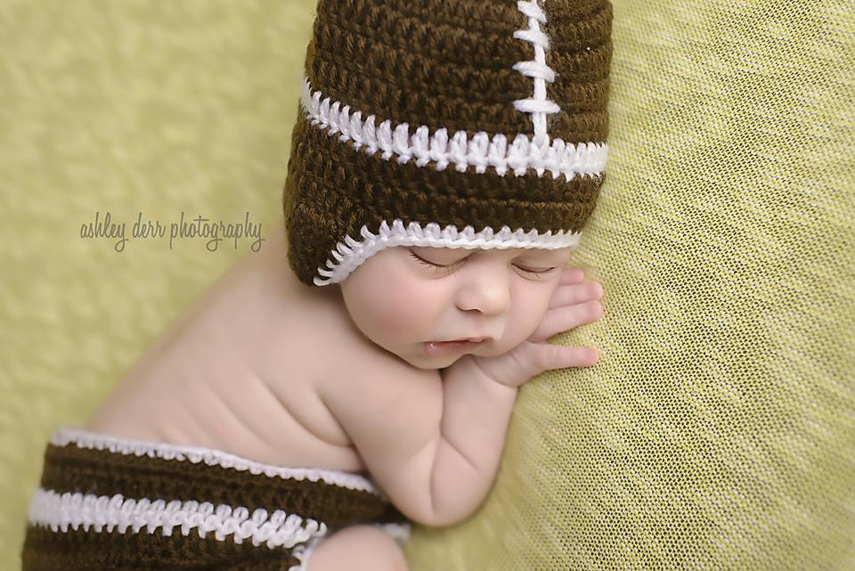 pittsburgh pa photographer newborn 16066