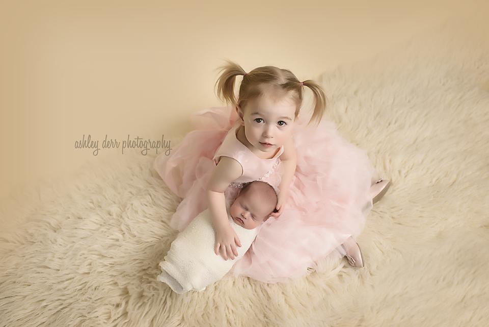 pittsburgh newborn photographer 15237